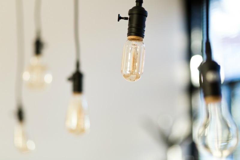 Vergaderen-in-de-Vesting-lampen-witte-huis